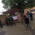 อ้างผิดพ.ร.บ.ชุมนุมฯ ทหารห้ามจัดเสวนาหน้าเรือนจำ หลังปล่อย 3 ชาวบ้านปฏิรูปที่ดินลำพูน