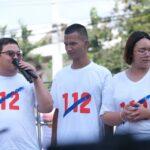 """ตร.นนทบุรีแจ้งข้อหา 112 เพนกวิน-ไมค์-รุ้ง ทั้งสามปฏิเสธลงลายมือชื่อ """"ไม่ยอมรับ ม.112 เป็นกม."""""""